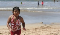 <h5>Mexican girl</h5><p>Running and playing on Chacala Beach; they are all so cute!</p>